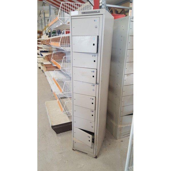 10 door plate cabinet Other